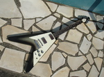 '79 Flying V Silver Burst01